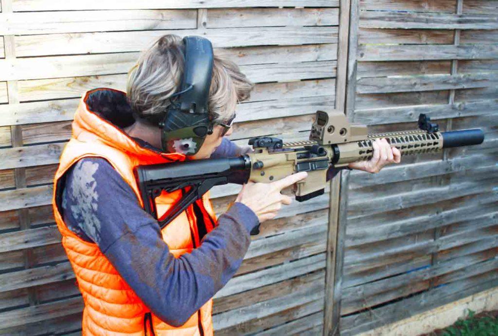 Séance de tir avec un RA15 fabriqué par RDS IndustrieS